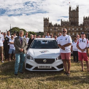 Lord Carnarvon helps SSAFA and Rally for Heroes